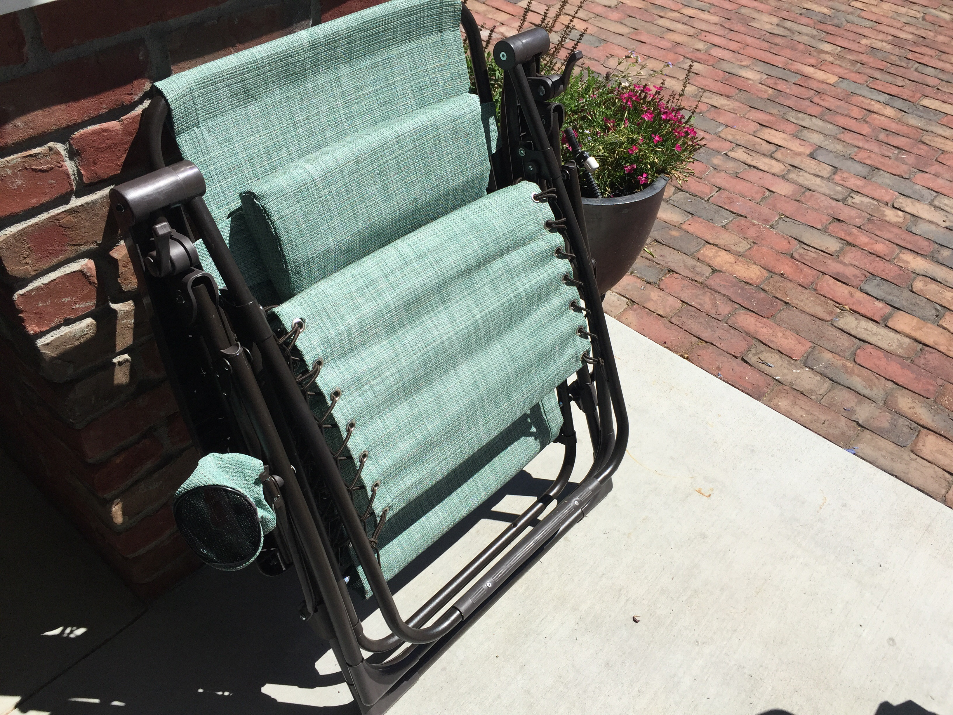 kohls zero gravity chair 3 legged camp kohl s sonoma patio antigravity only 33 99 regularly 140 i own a couple of these chairs and they are so comfortable perfect for lounging on in the backyard easily recline backwards