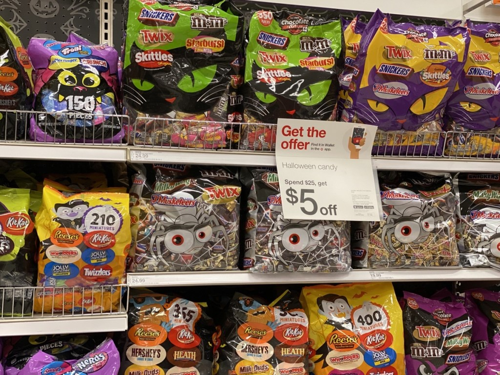 This week target is offering 30% off cartwheel on halloween candy bags priced $9.99 or $15.99. Mars Halloween Candy 400 Count Bag Only 15 94 At Target Just 4 Per Piece Hip2save