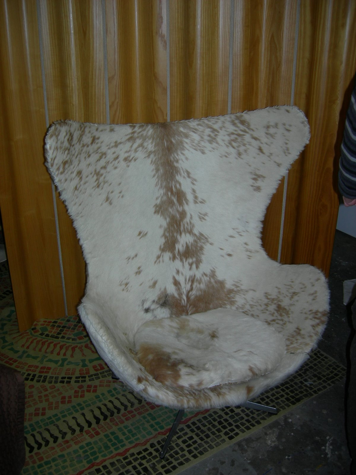 Reupholster Egg Chair My New Old Egg Chair Or Ultimate Diy Hip And Stingy