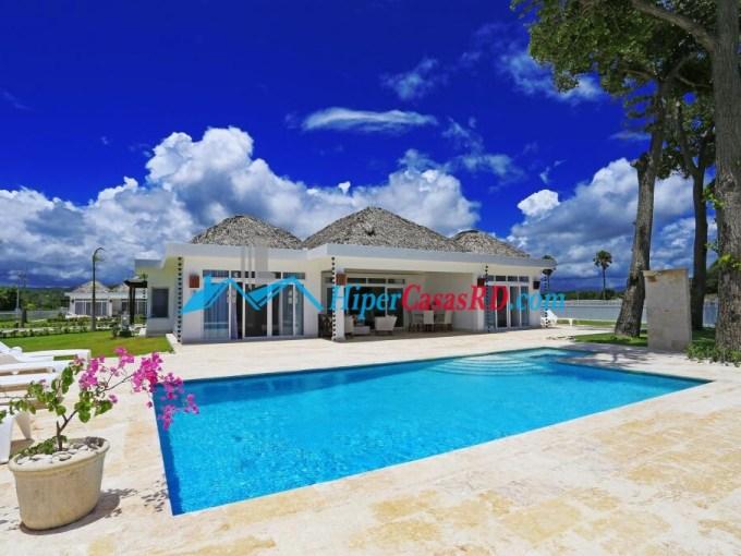 Impresionantes villas frente al mar a la venta