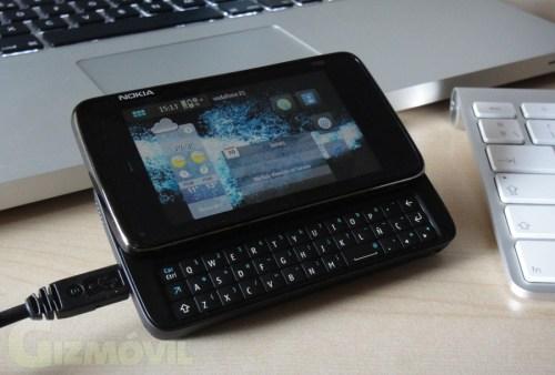 N900 en pie