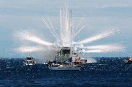 HMNZS Wellington Scuttle new reef cool explosion 1