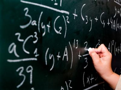"""Profesor de matemáticas condenado por enlazar a respuestas """"piratas"""""""