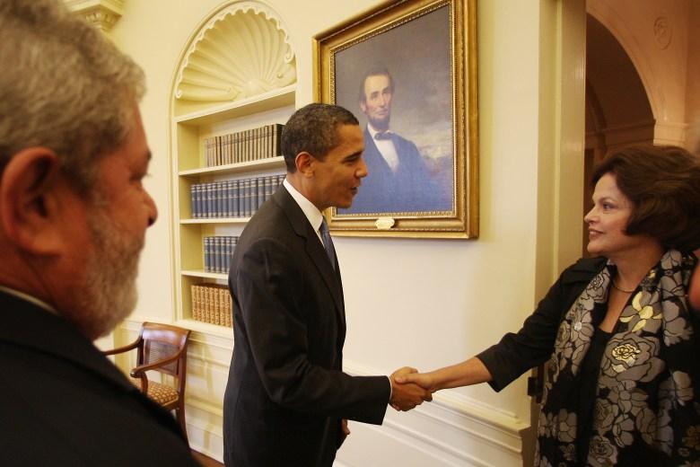 Presidenta de Brasil y Obama - Espionaje de la NSA a Brasil