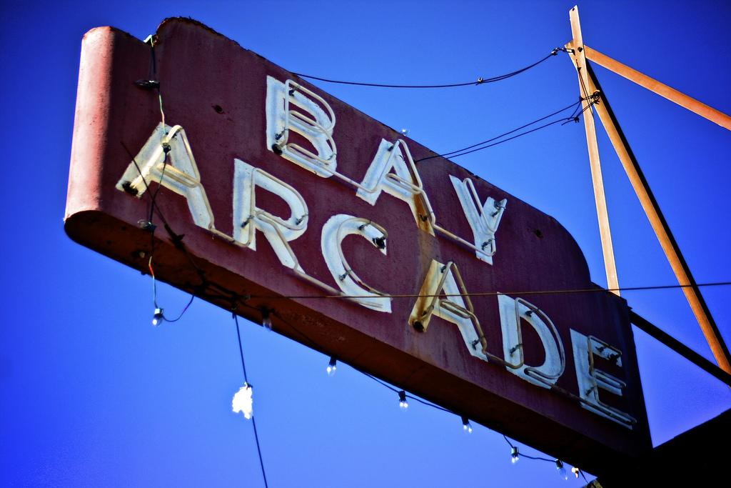Bay Arcade - Arcades de Leyenda