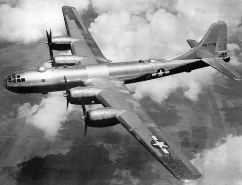 Boeing-B-29-Super-Fortress-ed