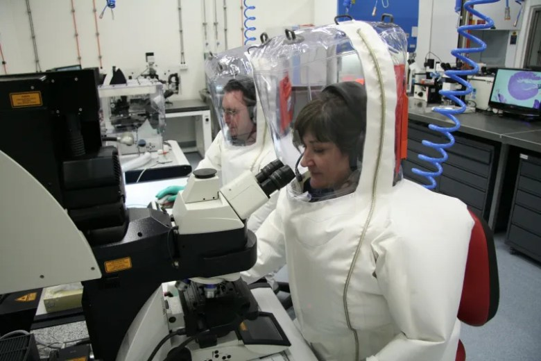 Laboratorio de Bioseguridad 4, Influenza, MRSA, SARS