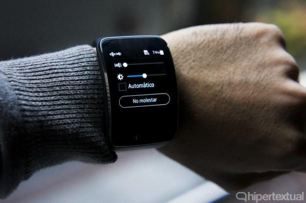 El Samsung Gear S se acerca a la idea de smartwatch autónomo.
