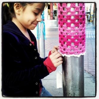 luna-yarn-bombing