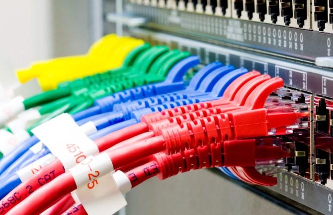 conexiones y redes