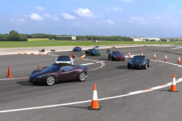 Hammerhead, una de las curvas más peliagudas en el circuito de Top Gear. <a href=