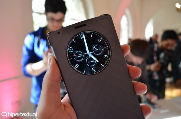 Con el LG G4, la compañía vuelve a comercializar sus fundas Quick View. Nada especialmente reseñable en este sentido.