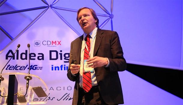 Jim Messina durante su participación en Aldea Digital