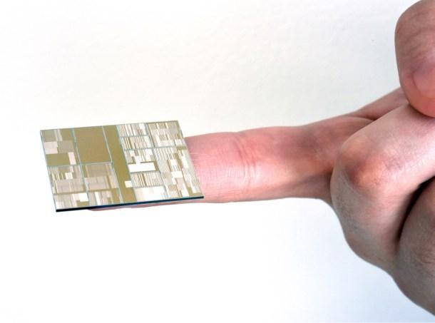 ibm-7nm-chip