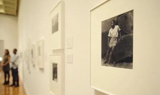 Exposición de Paul Stand en el Museo de Arte de Philadelphia, con algunas de las fotografías que incluye en libro. Fuente: SouthJerseyTimes