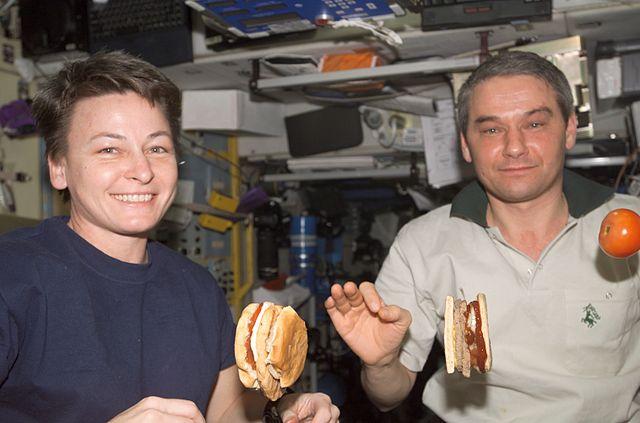 Rodolfo Neri Vela, astronauta mexicano