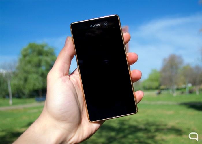 Sony Xperia M5 01