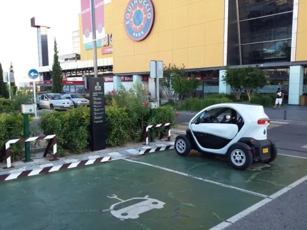 cargar el coche eléctrico