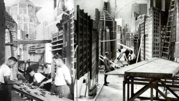metropolis-set