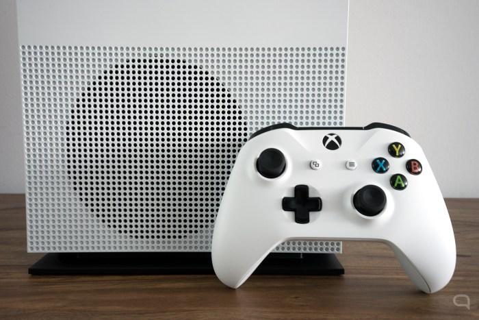 Xbox_One_S_03