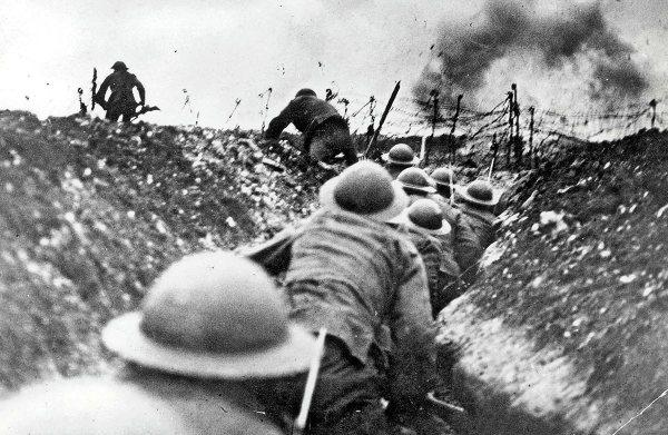 El noventa por ciento de la vida de un soldado en la Primera Guerra Mundial, consistía en esconderse y rezar.