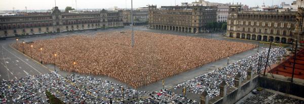 20.000 personas.  Zócalo, Ciudad de México