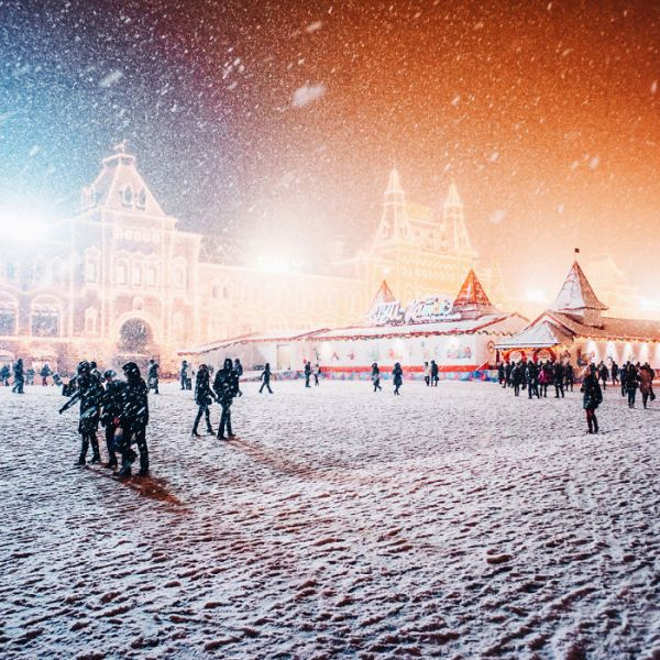 magic-time-in-moscow-5847d7e75bac5__700