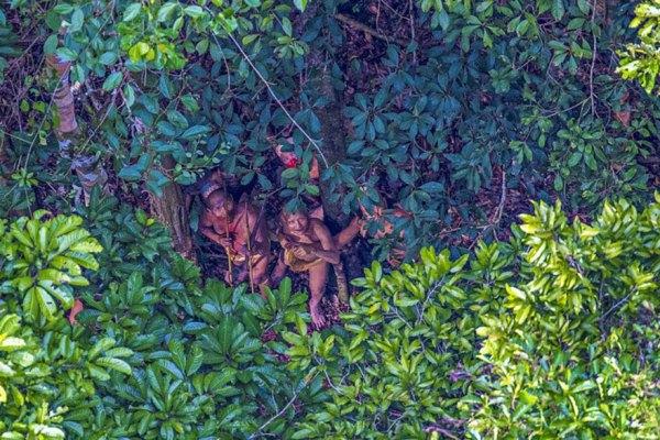 uncontacted-tribe-amazon-photography-ricardo-stuckert-10