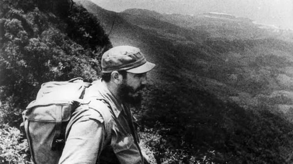 6-1958-fidel-castro-sierra-maestra-efe