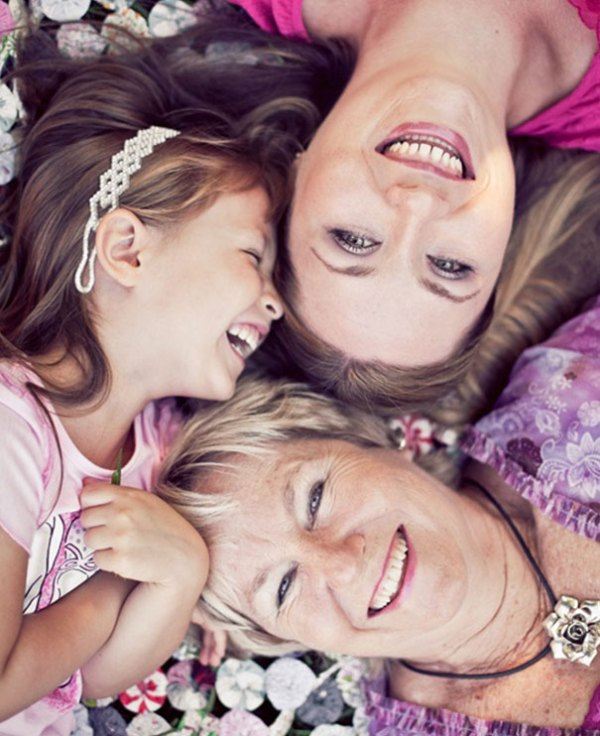 family-portrait-different-generations-in-one-photo-104-5863b6cacac44__605