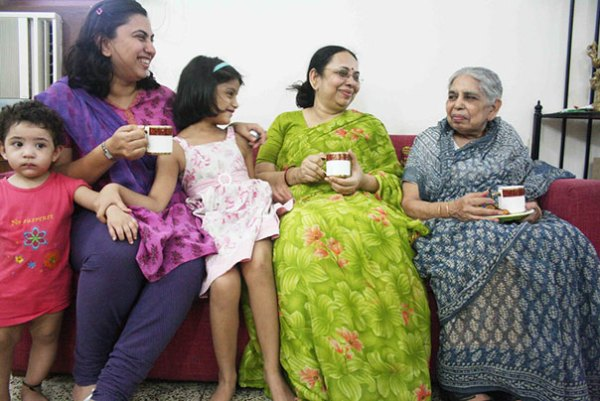 family-portrait-different-generations-in-one-photo-162__605
