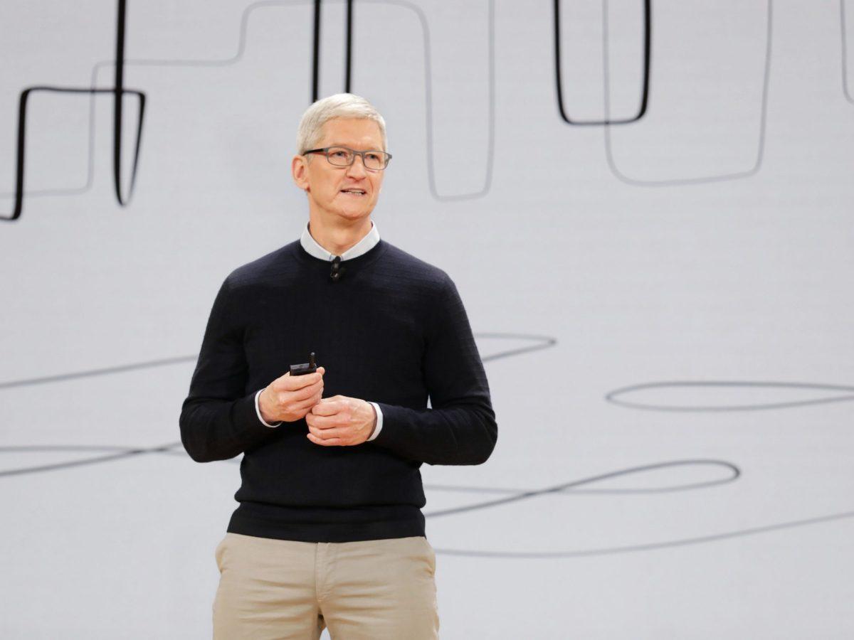 Tim Cook / Apple