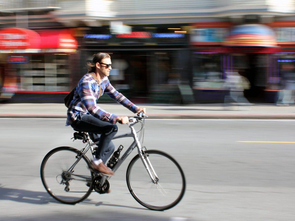 ciclista bicis eléctricas