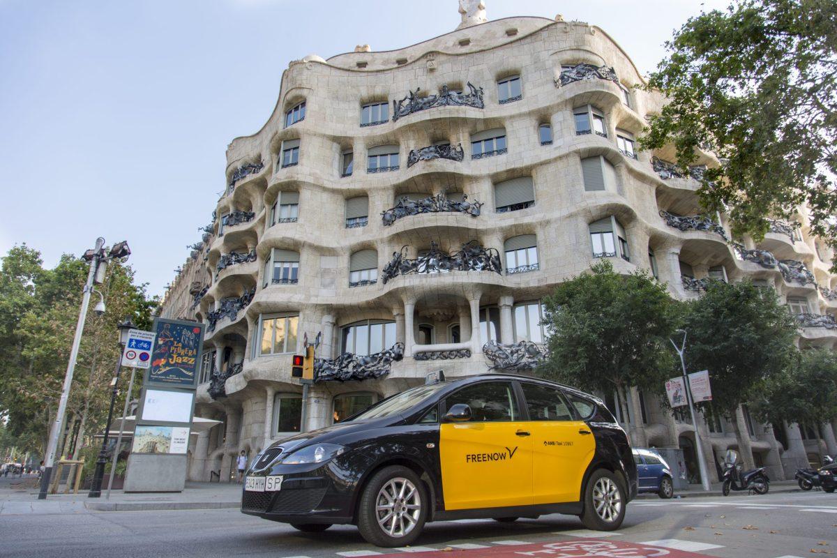 Taxi en Barcelona, Uber