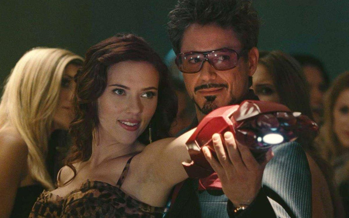 Tony Stark Viuda Negra