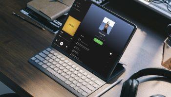iPad ejecutando Spotify