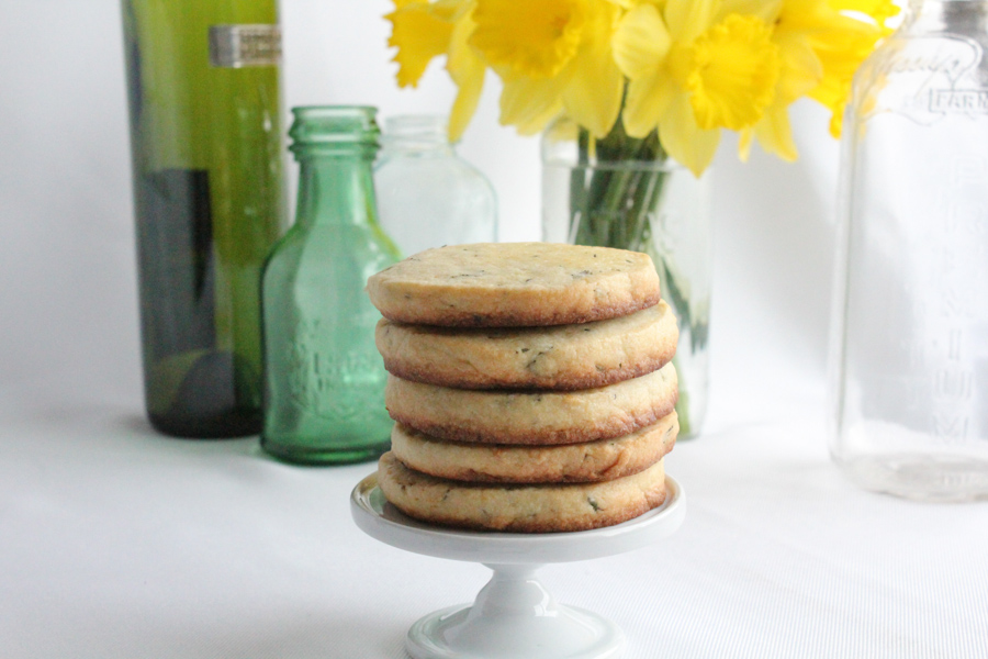 cookies_stand_Hip Foodie Mom