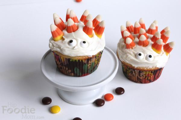 Monster_cupcakes | HipFoodieMom.com