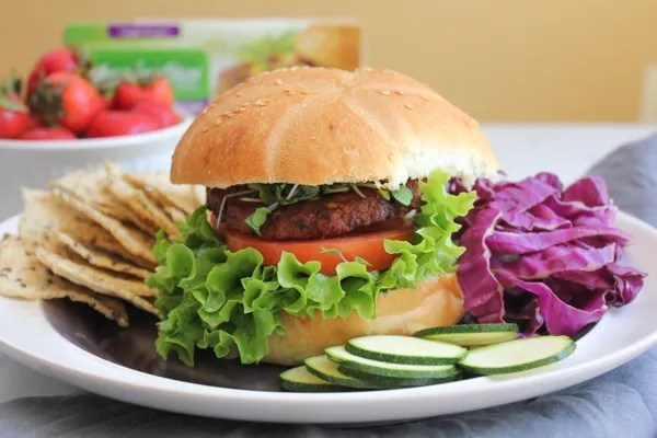MorningStar Farms Spicy Black Bean Burger_main by Hip Foodie Mom