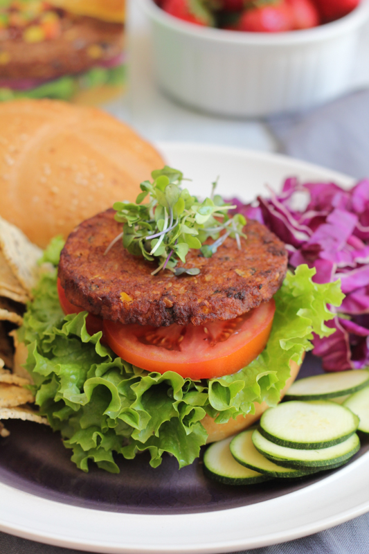 MorningStar Farms Spicy Black Bean Burger_vertical by Hip Foodie Mom