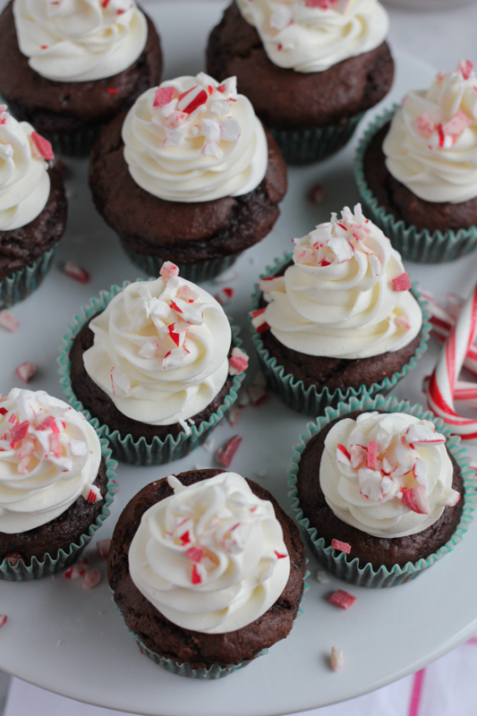 Christmas Chocolate Cupcakes with peppermint and a surprise! #chocolate #holidays #giveaway #CandyCaneHacks