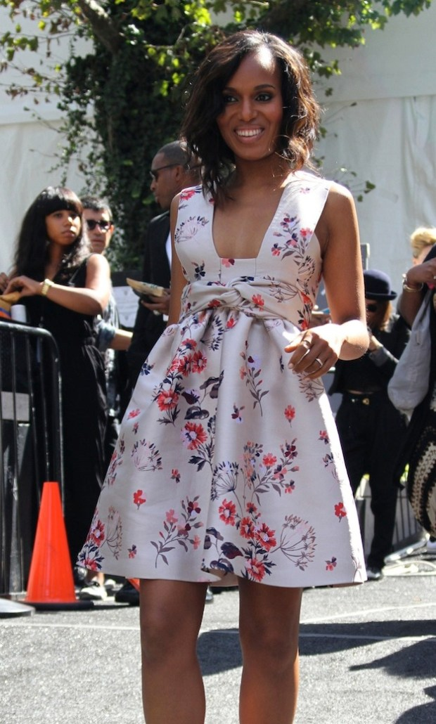 Kerry Washington heads out of the 'Project Runway' show for New York Fashion Week