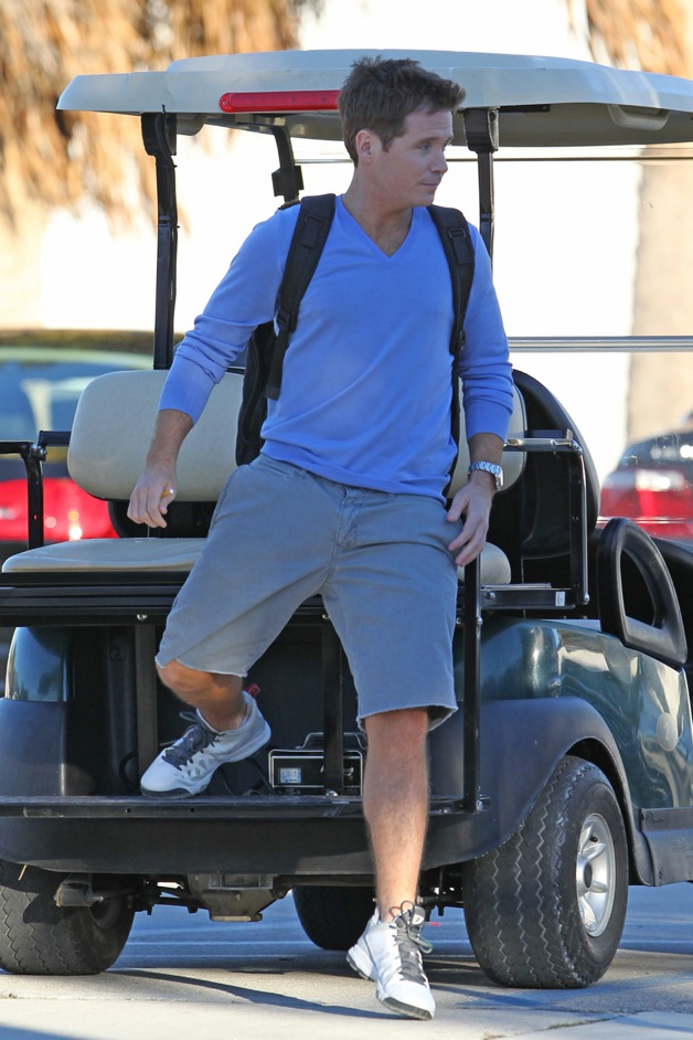 Jerry Ferrara and Kevin Connolly arriving on the set of 'Entourage' in Miami