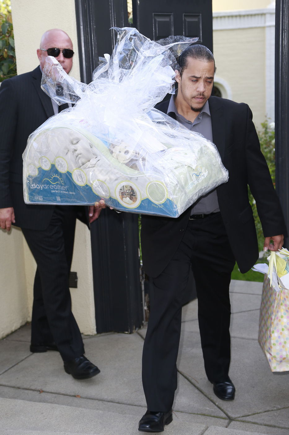 Exceptional Guest Arrives To Ciarau0027s Baby Shower In Beverly Hills