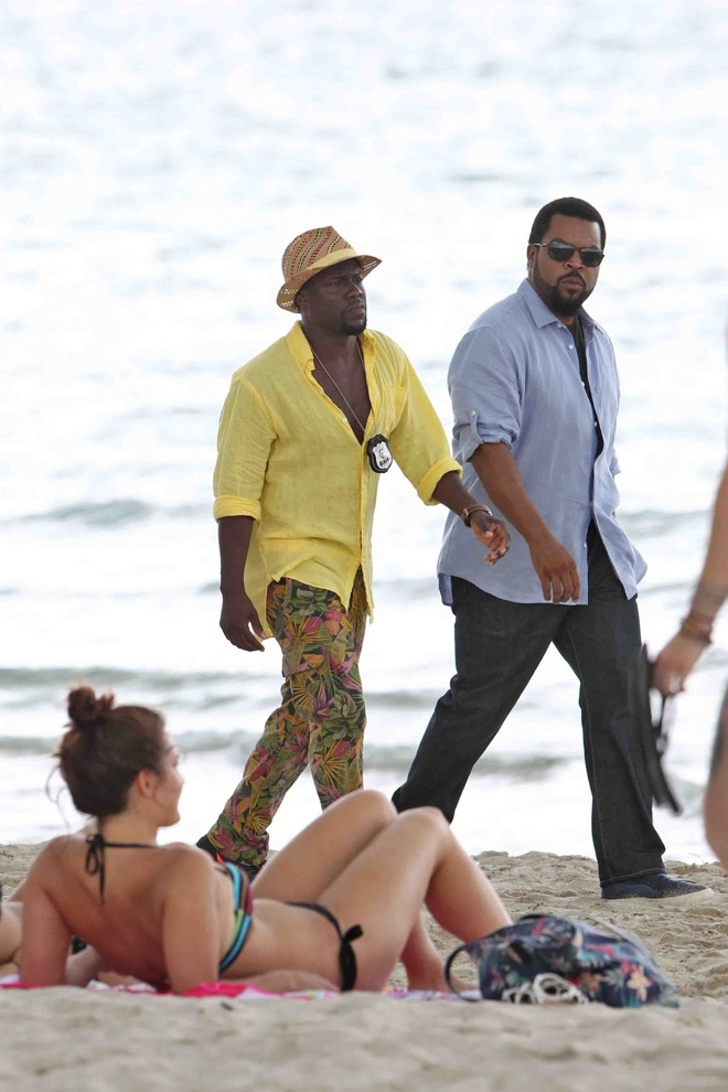 Actors Kevin Hart and Ice Cube seen filming on Miami beach for their new movie 'Ride Along 2