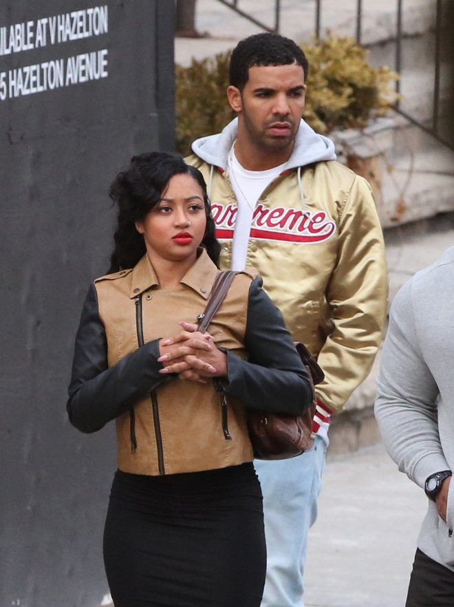 EXCLUSIVE: Drake seen after grabbing food in Yorkville with some friends and ladies in Toronto