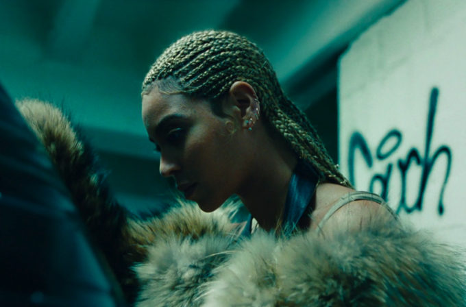 Beyonce Releases 'Lemonade' Album on All Streaming Services-