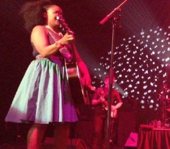 Zahara Biography, Age, Boyfriend, Albums, Song, Album & Awards
