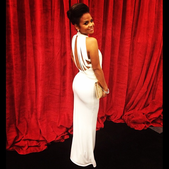 #Alma Awards: Stylist @stylepr gown by Sen @sencouture jewels by JN Jewels @jacqnerquizian & shoes and clutch by #JimmyChoo
