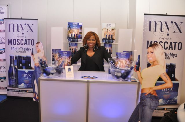 Mona Scott-Young at Mix & Mingle Lounge